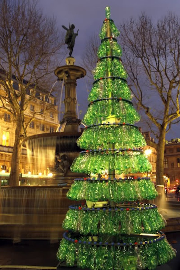 Fabrice Peltier - éco design - Sapins de Noël recyclés - Paris